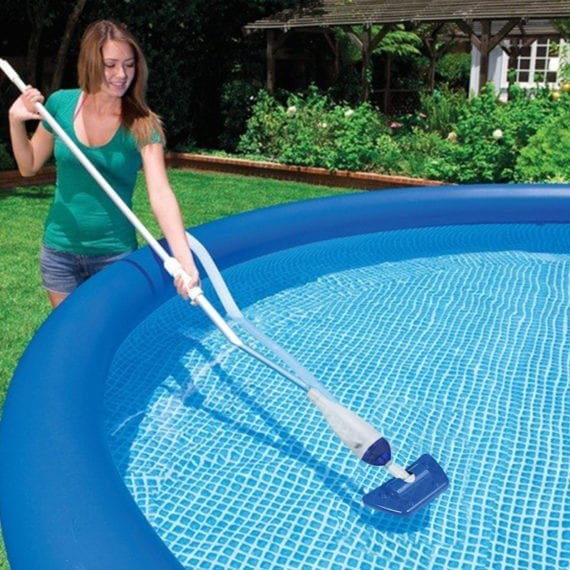 Swimming pool - Intex Maintenance Pool Kit